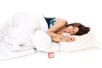 dormir avec un ours en peluche le blog de fashiongeekette. Black Bedroom Furniture Sets. Home Design Ideas